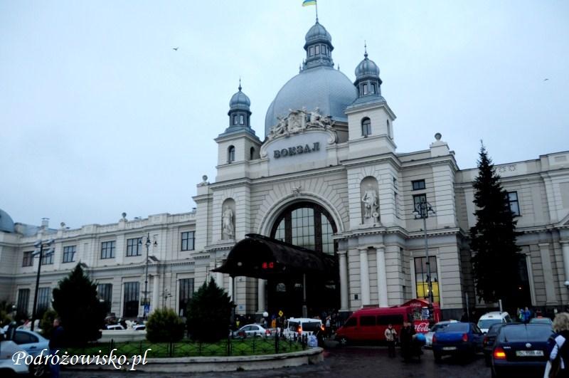 fot. Budynek dworca kolejowego we Lwowie