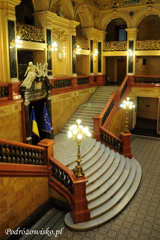 fot. Wnętrze Teatru Wielkiego Opery i Baletu