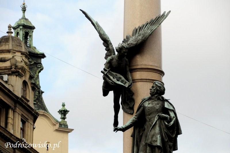 fot. Pomnik Mickiewicza