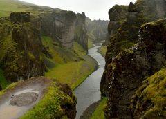 Islandia: Impregnat potrzebny od zaraz! Kanion Fjadrargljufur w deszczu