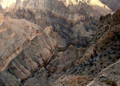 Oman: Nizwa, Bahla i Wadi Ghul – najgłębszy kanion Omanu